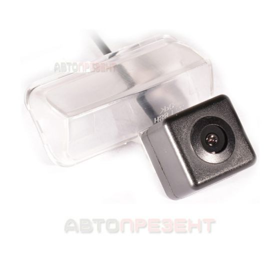 Штатная камера заднего вида IL Trade 1378, TOYOTA