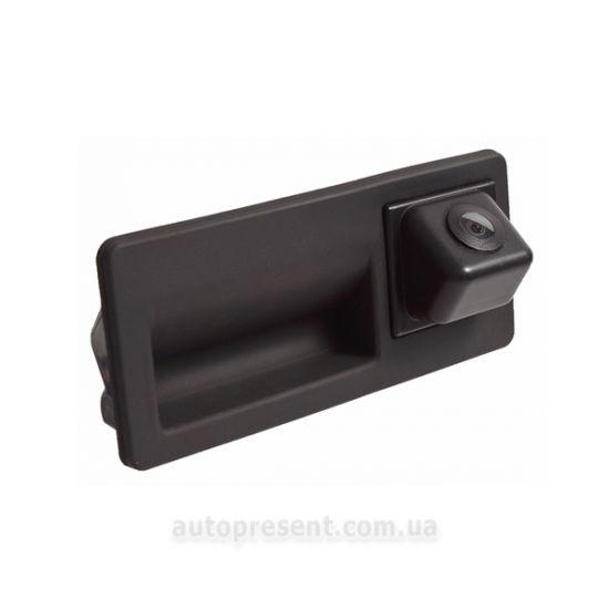 Штатная камера заднего вида PHANTOM CA-VWTI
