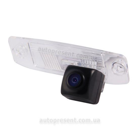 Штатная камера заднего вида GAZER CC100-3F0