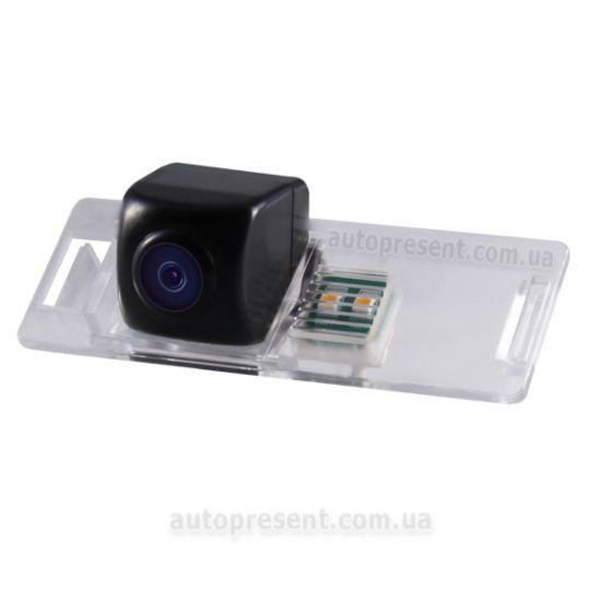 Штатная камера заднего вида GAZER CC100-178-L