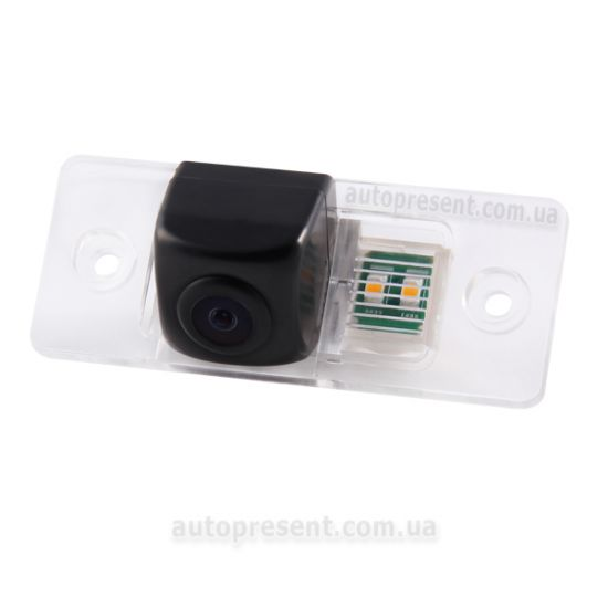 Штатная камера заднего вида GAZER CC100-1J5-L