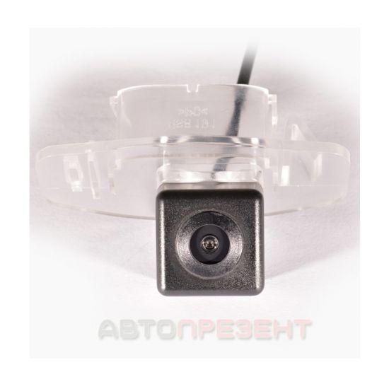 Штатная камера заднего вида IL Trade 9903, HONDA