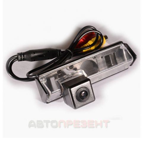 Штатная камера заднего вида IL Trade 9019, MITSUBISHI / LEXUS / TOYOTA