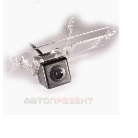 Штатная камера заднего вида IL Trade 9815, TOYOTA / LEXUS